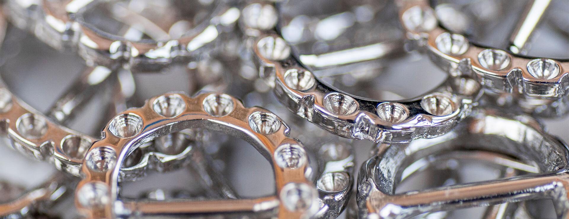 Acabados metálicos en plata